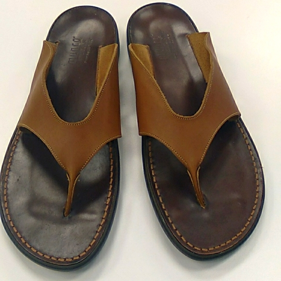 Munro Sport Tan leather flip flops  12N